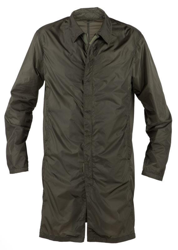 Mida-menswear-spring-summer-2017-light-raincoat-SA07