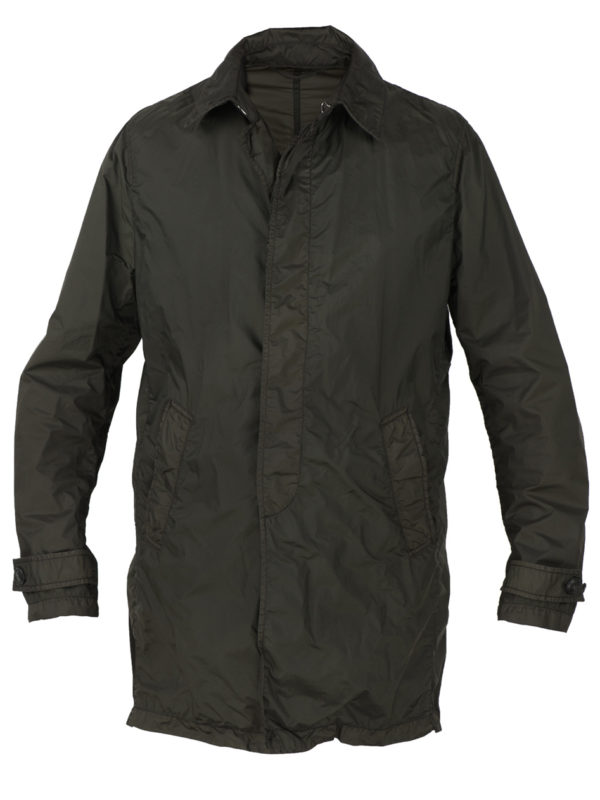 Mida-menswear-spring-summer-2017-light-raincoat-nylon-SI29